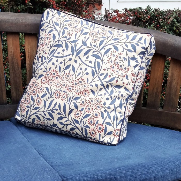 Norfolk Creative Arts Box Cushion Workshop with Pippa Pease